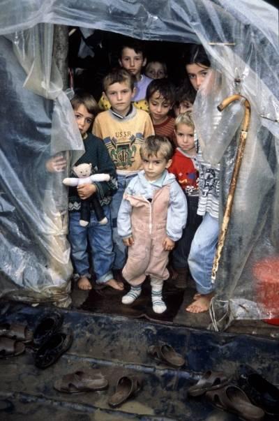 Etniske albanere i flyktningleir