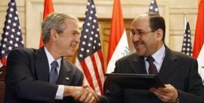 USA har samarbeidet tett med den irakiske regjeringen siden de okkuperte landet i 2003. Her er den tidligere amerikanske presidenten George W. Bush sammen med den tidligere irakiske presidenten Nouri al-Maliki i 2008. Foto: Wikimedia Commons.